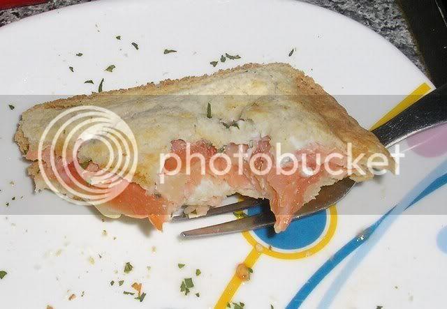 tosta de salmão e tomate TOSTADESALMAOETOMATE007
