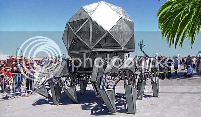 Gigantesco robot de chatarra propulsado con energía solar Robot-gigante-propulsado-energia-solar-2_zpsd16698de