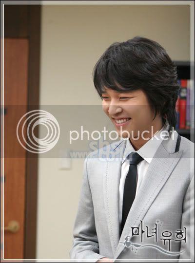 Witch Yoo Hee -->Kim John Hoon 03-1