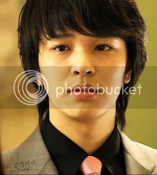 Witch Yoo Hee -->Kim John Hoon D02_hoon_00