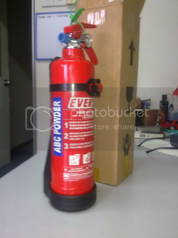 Fire Extinguisher 1kg And First Aid Kit For You House Eversafe