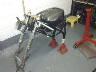 Superbike Ducati 916, 996, 998 et 748 - Page 2 Formula3009