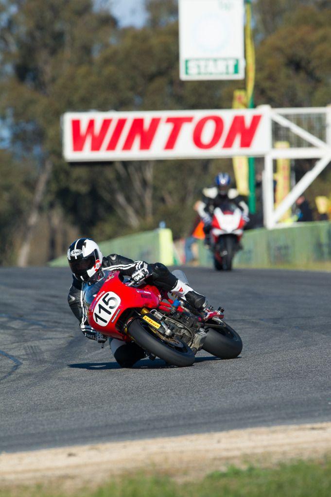 Ducati Deux soupapes - Page 11 PRRS_Sat_3_12-1077_zps3c4363a8