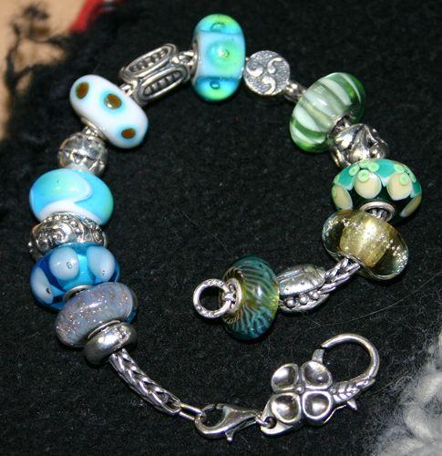 Your very first bracelet Blue%20bracelet_zps8toy3e7y
