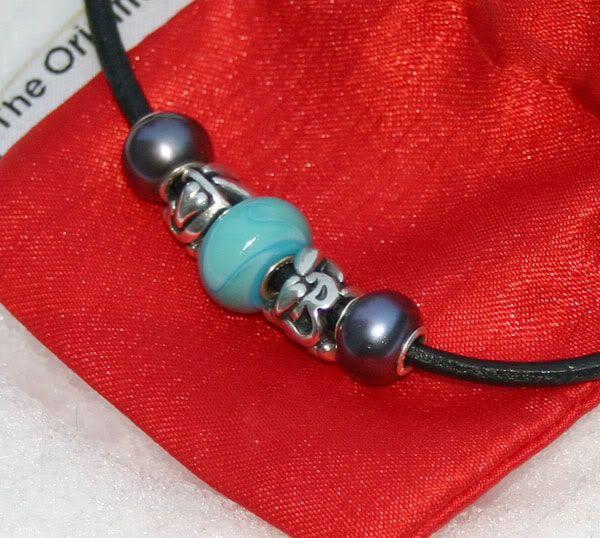 Show me your custom-made glass Trollbeads! Beadmaker-dillo2