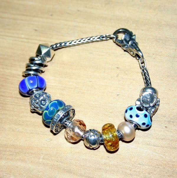 Alternative Anniversary bracelet Alternative-anniversary2