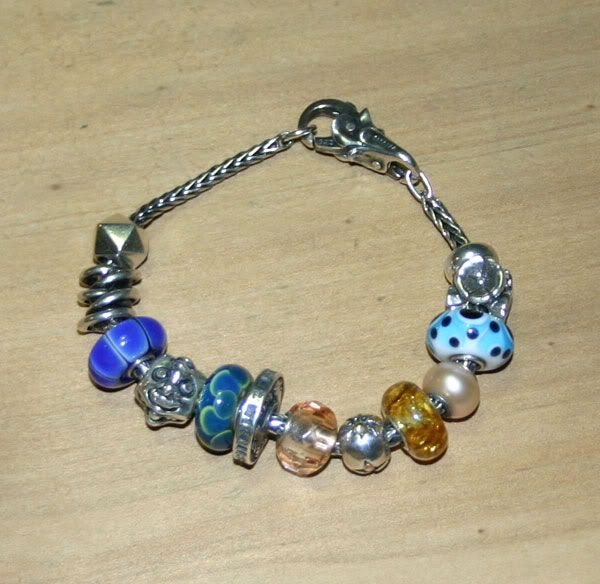 Alternative Anniversary bracelet Alternative-anniversary3
