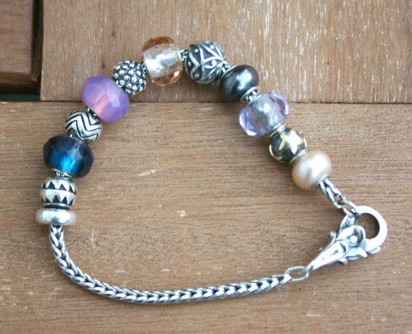 Show us your mini bracelets! Tulip-lock3