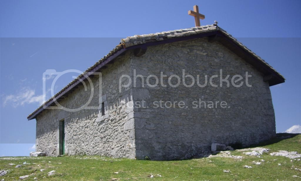 BESAIDE-IRUMUGA-S.DONATO (DORMIR EN URBIA) Vitoria-Urbia-EH48_zpsb68c3ede