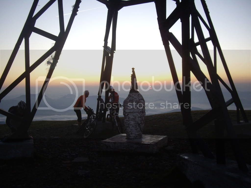 Domingo 25.09 Amanecer en la cruz del Gorbea - Página 2 NocturnaalGorbea23