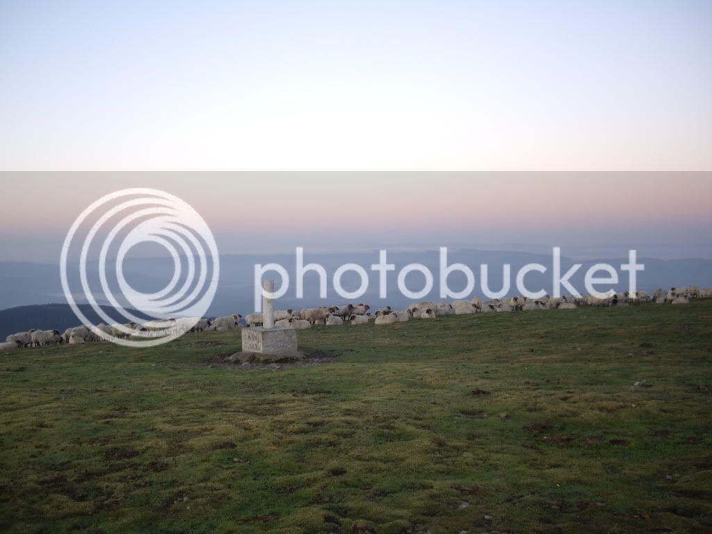 Domingo 25.09 Amanecer en la cruz del Gorbea - Página 2 NocturnaalGorbea26