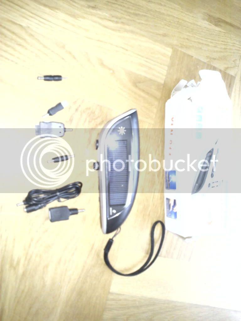 Radio/punjač/lampa/bager...ajd,bager nije... DSC00052