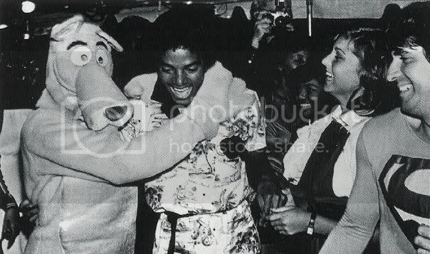 TIME 4 SUM FUN - The MJ Caption Thread: Day 24 - Page 2 Day802