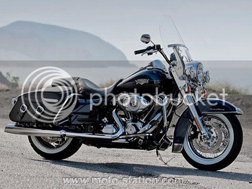 Demoiselle en détresse ... version inversée [PV Ariella] - Page 2 Harley-Davidson_Road-King_Classic_2012_stpz_zpsclppw9nx