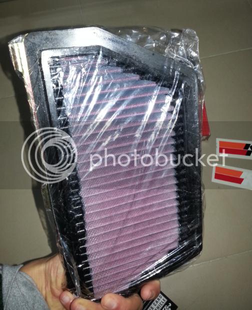 Cambio del filtro de aire por un K&N en Honda CBR 600 RR 2_zps6d47cdbd