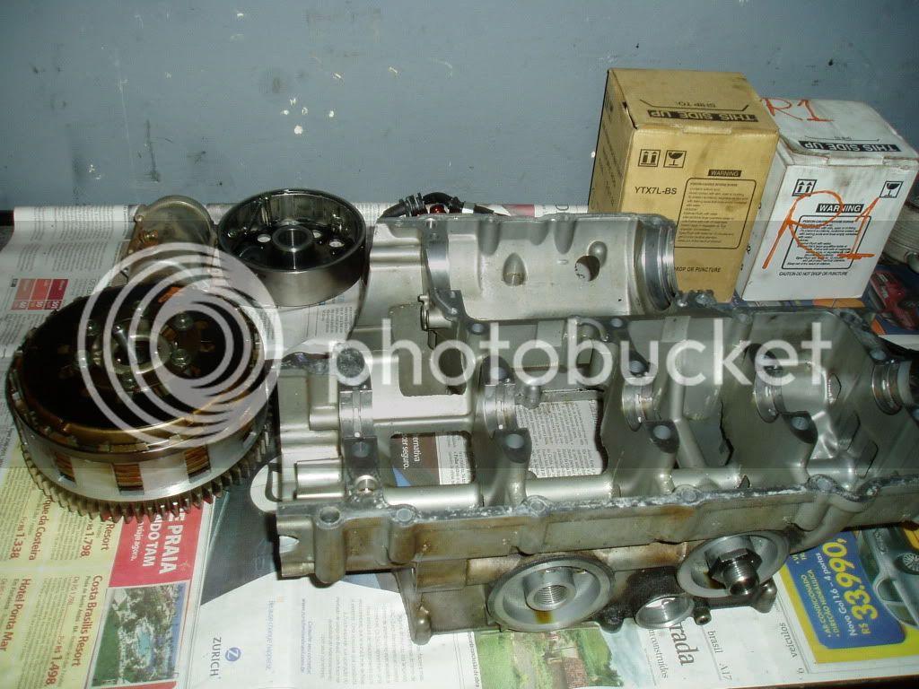 Manutenção R-1 03 - Página 3 P1010011