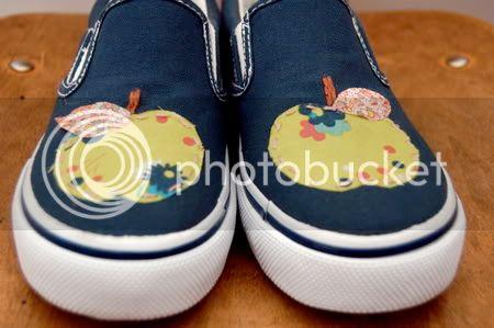 الابليك وروعة الفنون اليدوية Apple_kicks