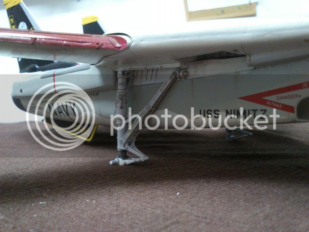 F-14A VF-84 Jolly Rogers, Hobby Boss 1/48 - Σελίδα 2 DSC_8489