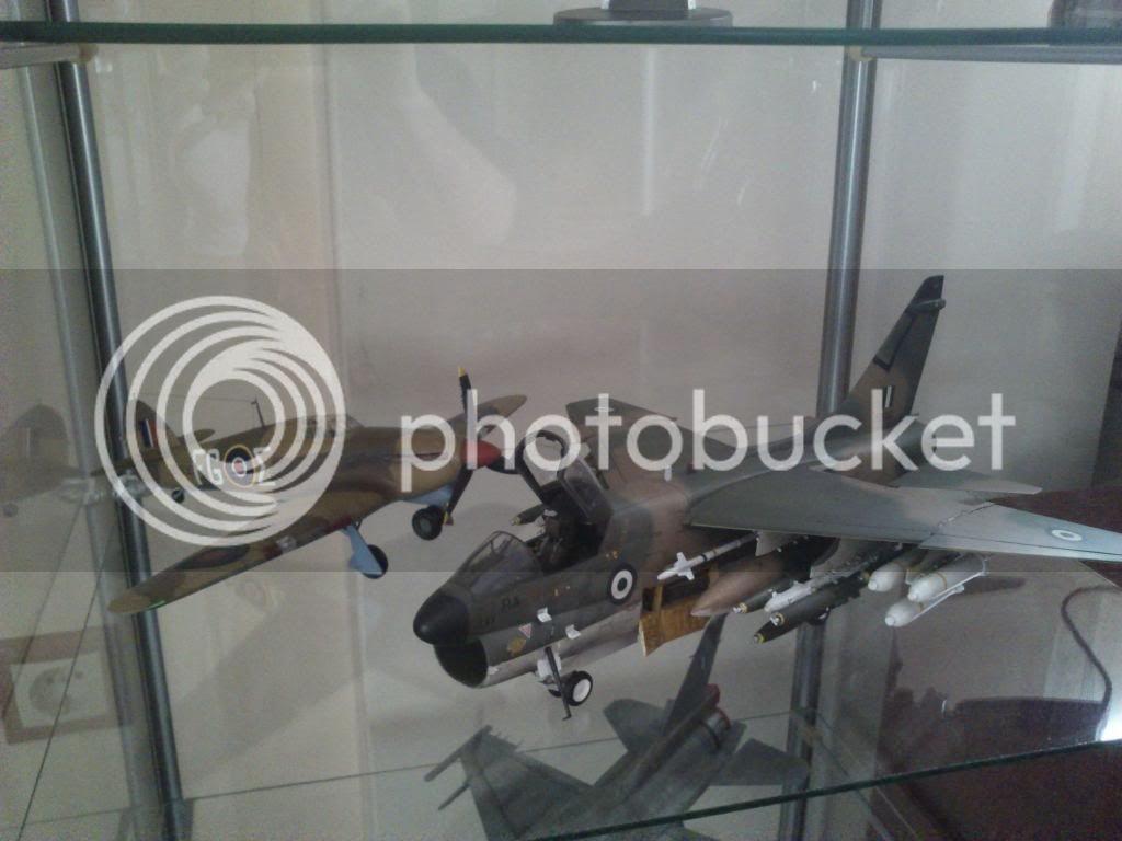 Hawker Hurricane MkIIb 1/48 -- 335 Μοίρα, Αίγυπτος 1942 - Σελίδα 5 DSC_1002