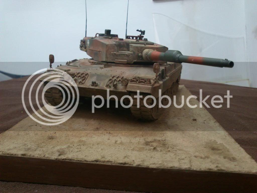 Leopard 2A4, ΕΣ,   Italeri 1/35 DSC_7648