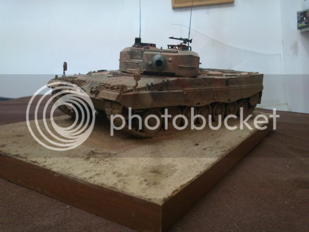 Leopard 2A4, ΕΣ,   Italeri 1/35 DSC_7649