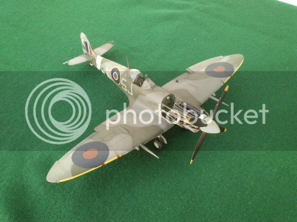 Spitfire Mk.IX, Ιωάννης Πλαγής  (ICM 1/48 ) - Σελίδα 2 DSC_77422