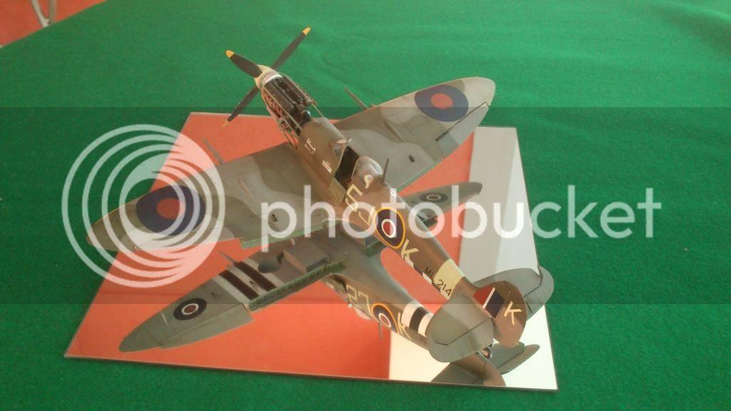 Spitfire Mk.IX, Ιωάννης Πλαγής  (ICM 1/48 ) - Σελίδα 2 DSC_8235