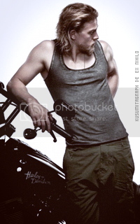 photo 200320_charliehunnam12_zpswpj8ouis.png