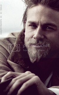 photo 200320_charliehunnam2_zpsznketdik.png