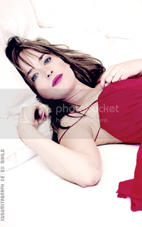 photo 200320_dakotajohnson4_zpsfvzuawcb.png