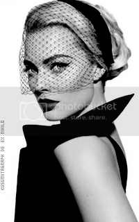 photo 200320_margotrobbie10_zpszm0tmrhn.png