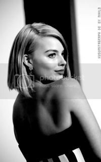 photo 200320_margotrobbie3_zps4v53wzkm.png