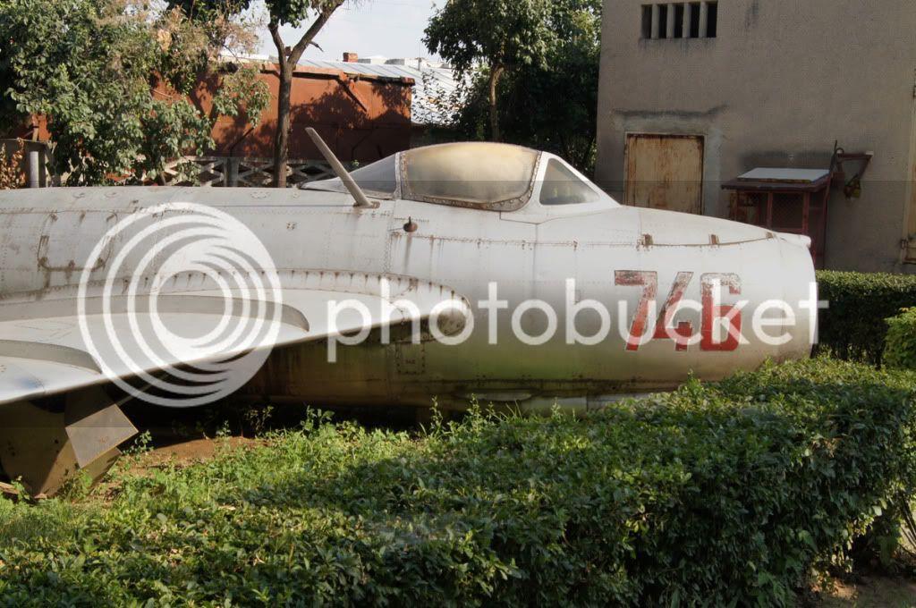 MiG-15 - Pagina 4 Mig-9