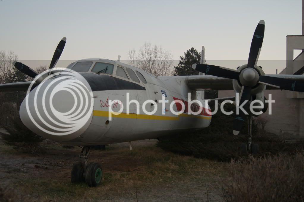 An-24, An-26 si An-30 - Pagina 7 DSC00243