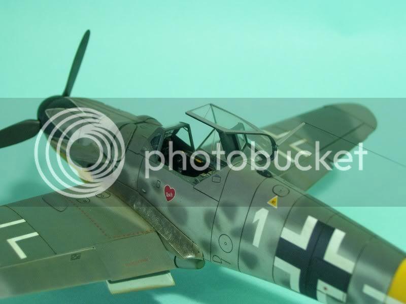 Messerschmitt 109 G-6 1/48 Erich Hartmann Tulipan Negro ASdeASES10