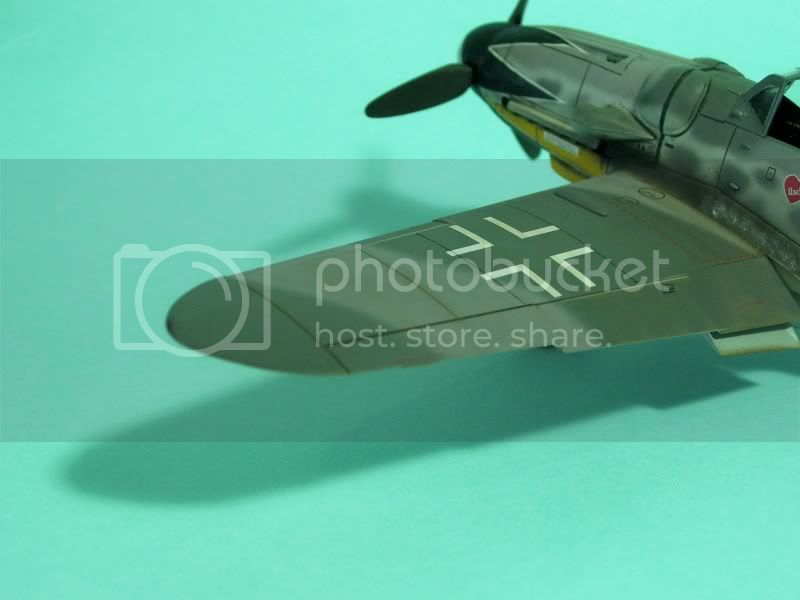 Messerschmitt 109 G-6 1/48 Erich Hartmann Tulipan Negro ASdeASES11