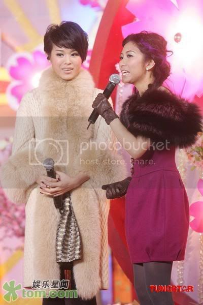 [27 January 2009] Myolie at Chinese New Year Function 20090125funz_tom008