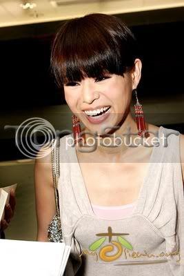 [17 April 2009] Myolie at Liza Wang's Show 20090417funz_ts04