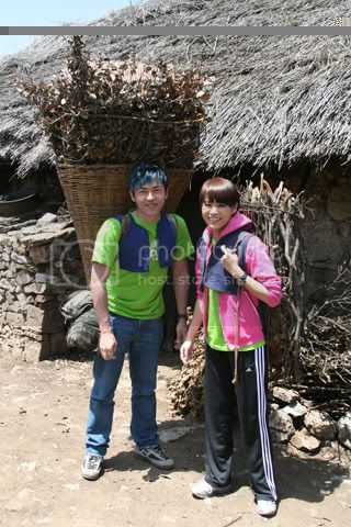 [5 May 2009] Myolie's diary entry on her trip (Oxfam) 20090506funz_Oxfam055
