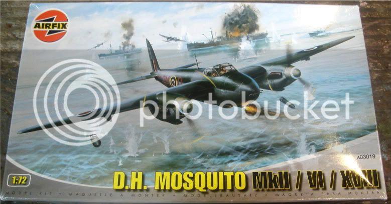 Airfix 1/72 de Havilland Mosquito MkXVIII+Spitfire MkVb DSC02039