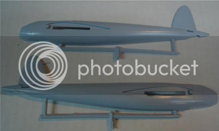 Airfix 1/72 de Havilland Mosquito MkXVIII+Spitfire MkVb DSC02040