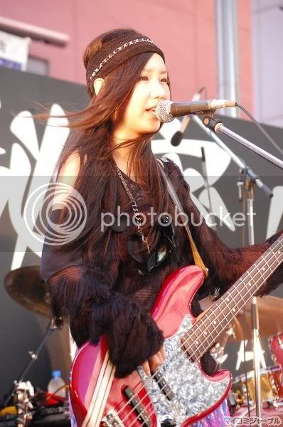 BABY ACTION Surprise Live - Kabukicho, Tokyo 003l