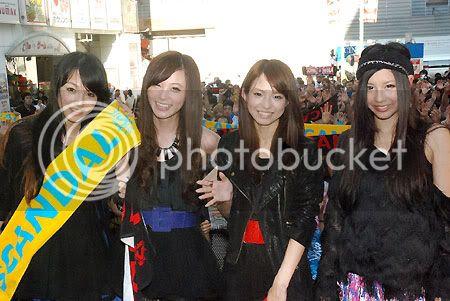 BABY ACTION Surprise Live - Kabukicho, Tokyo 01