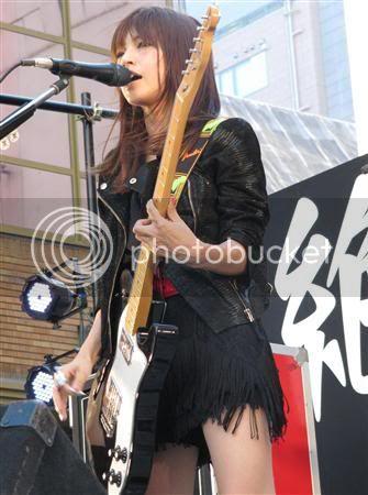 BABY ACTION Surprise Live - Kabukicho, Tokyo Gnj1108110503003-p3