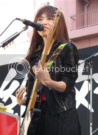 BABY ACTION Surprise Live - Kabukicho, Tokyo Gnj1108110503003-p4