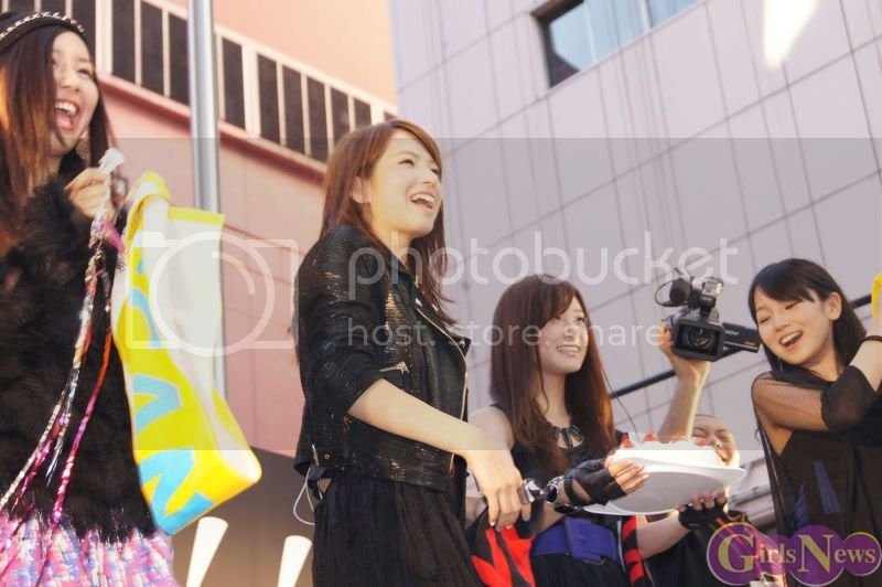 BABY ACTION Surprise Live - Kabukicho, Tokyo Img20110810scandal4
