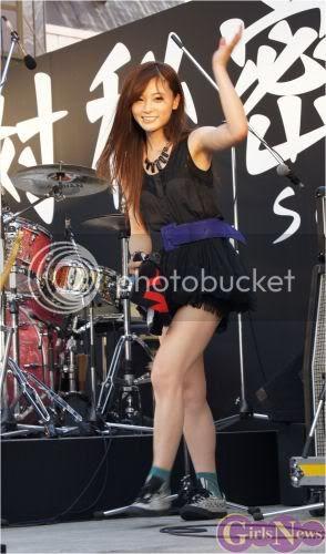 BABY ACTION Surprise Live - Kabukicho, Tokyo Img20110810scandal6