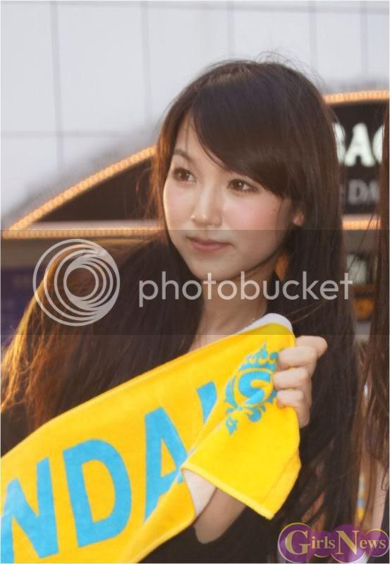 BABY ACTION Surprise Live - Kabukicho, Tokyo Img20110810scandal8