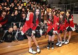 SCANDAL × KDDI Designing Studios performance Th_gnj1102150504009-p1