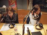 Radio program pictures Th_110418_scandal_guest2-1